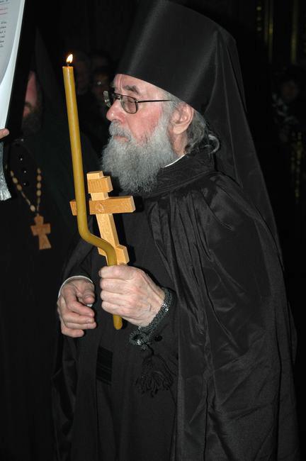 ждут фотография архиепископа иоанна шаховского остров